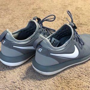 Nike Roshees